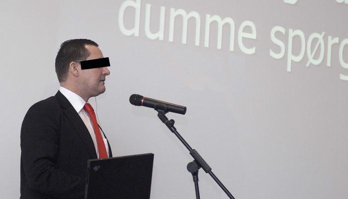 Erik Damsted-kohn holder foredrag